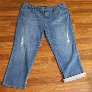 A.n.a Distressed Boyfriend Jeans Sz.16